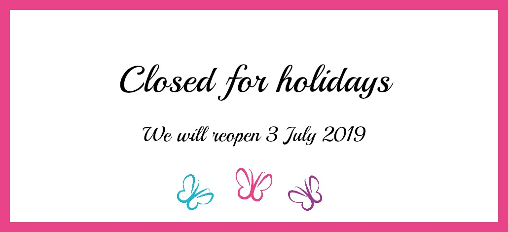 Closed for holidays banner – pink frame