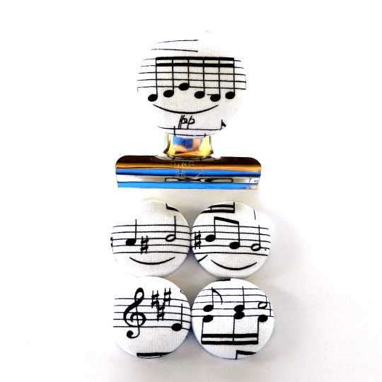 Music Notes Black on White Magnet Set