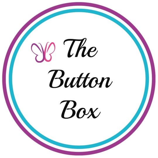 Button box white